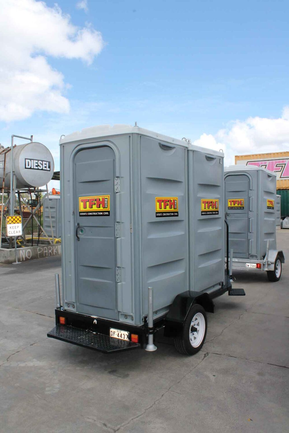 Portable Trailer Toilet Double